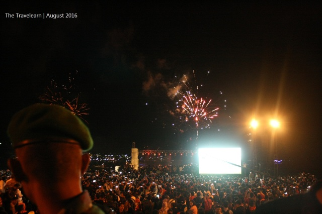 Closing by the fireworks