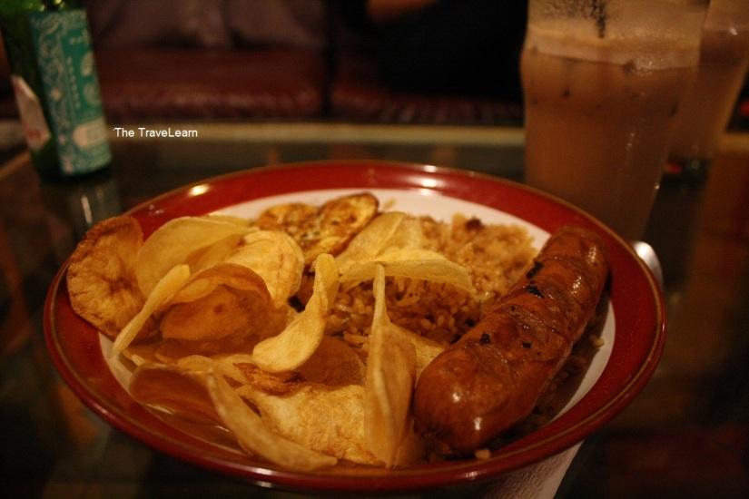 Nasi Goreng di Waroeng Gephetto Bandung ini bisa buat 2 orang