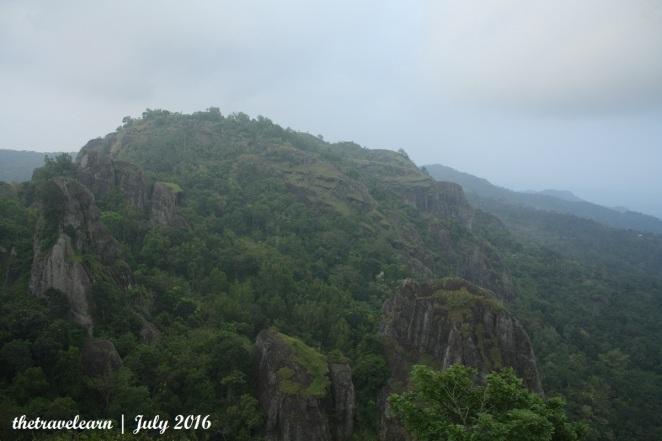 Pemandangan dari puncak Gunung Purba Nglanggeran