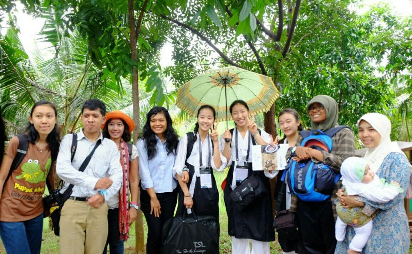 Bareng dedek-dedek emesh Korea [photo by: blogger team]