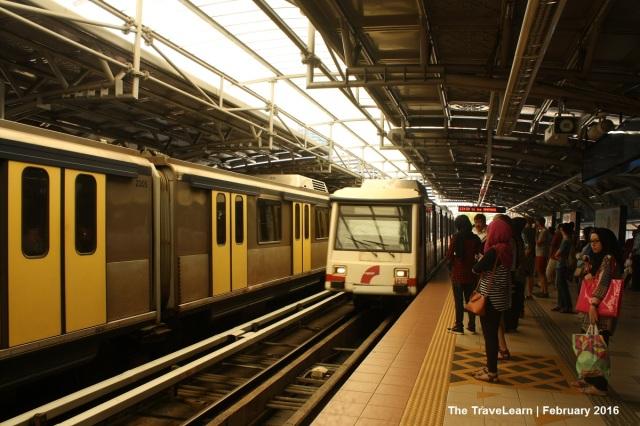 Ampang Line, dulu bernama Star LRT, merupakan rapid transit pertama di Kuala Lumpur