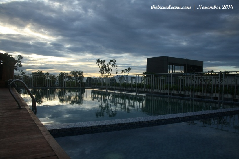 Kolam renang (rooftop swimming pool) Grand Tjokro