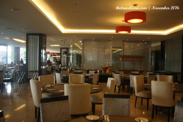 Ruang Makan Hotel Grand Tjokro Bandung