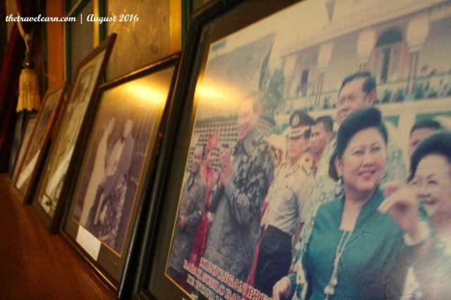 "Potret Ibu Ani Yudhoyono yang ""Ngeksis"" di Istana Maimun, Medan"