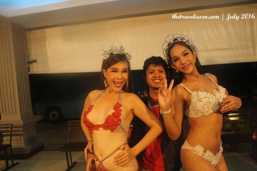 blog-mambo-cabaret-show-bangkok-ladyboy-thailand-9